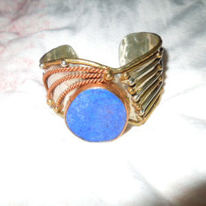 Jewelry - tri color hammered metal cuff bracelet with gem